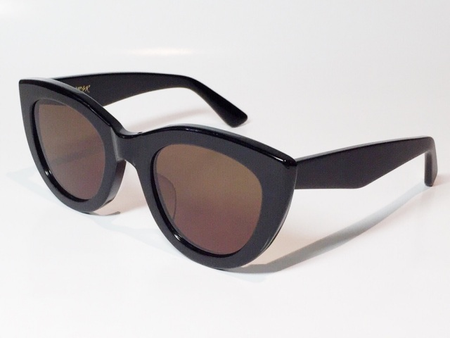 A.D.S.R.(エーディーエスアール) LAURYN  01 ( Shiny Black & Matte Black / Brown Lens )