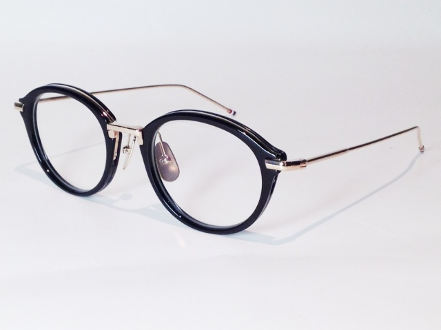 THOM BROWNE(トム ブラウン) TB-011A-49 ( BLACK/SHINY 12K GOLD BRIDGE & TEMPLES / CLEAR LENS)